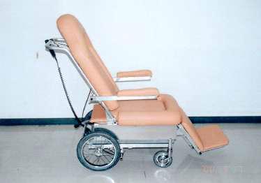 昇降機能付き車椅子 写真